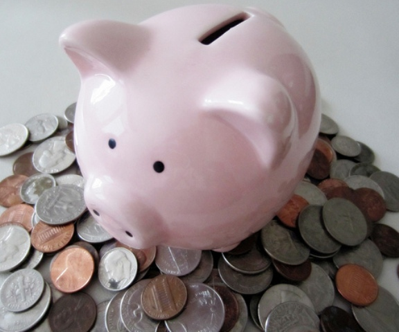 piggy with coins