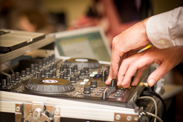 DJ Brian Mixing - Image Credit Katarina Price Photography