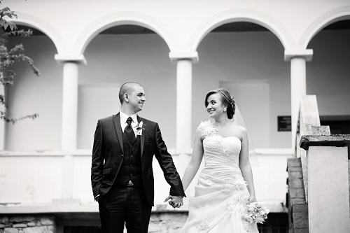 newlyweds-608781_1920