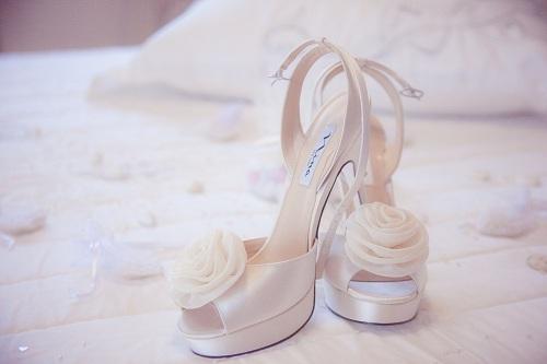 shoes-1014606_1920