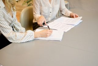how to negotiate with clients on pricing, how to negotiate price as a seller, how to negotiate contract pricing, price negotiation examples, book more brides, wedding sales education, wedding professionals, wedding expert help